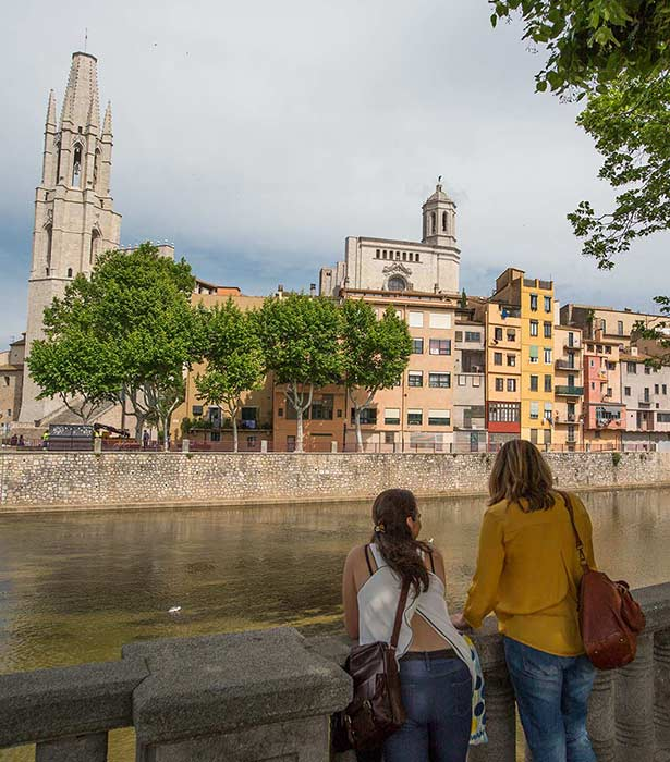 Girona river and churches